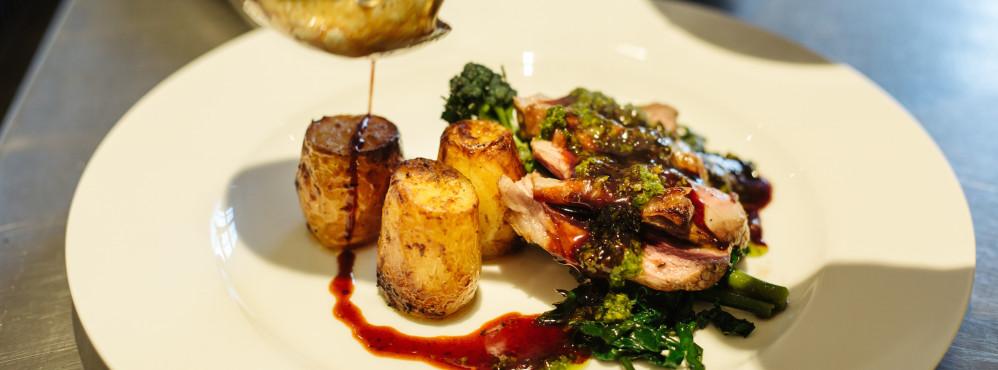 Eat-the-Seasons-Pentillie-Charlotte-Dart-42-998x370