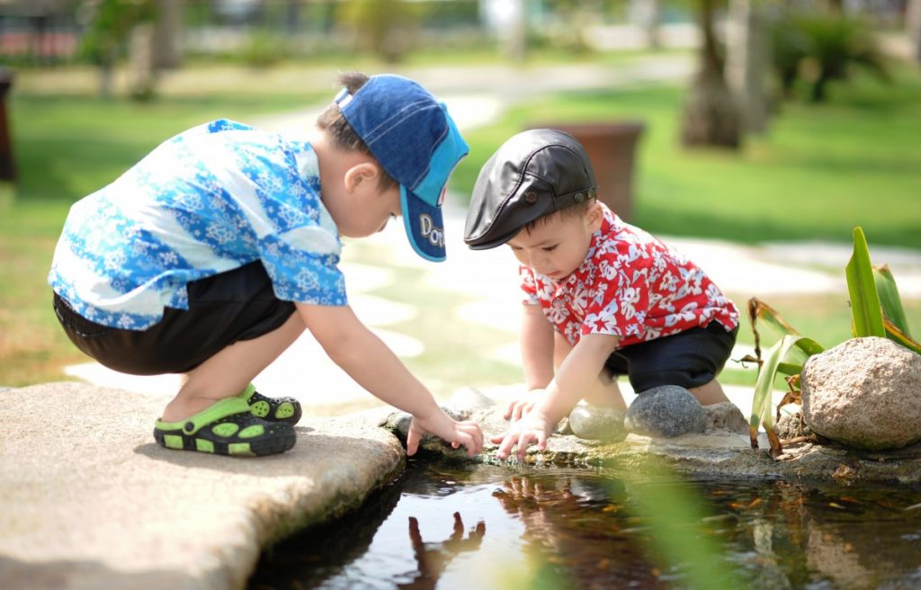 people_children_child_happy_kids_playing_cute_happiness_children_playing-557800